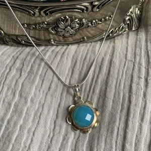 Jewelry - Sterling Silver Daisy Blue Chalcedony Necklace